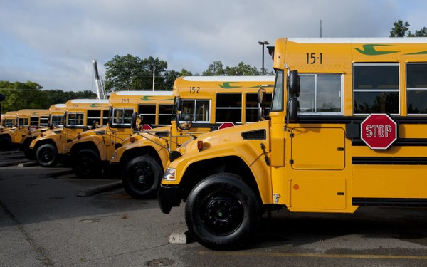 JPS Purchases 4 more propane buseses